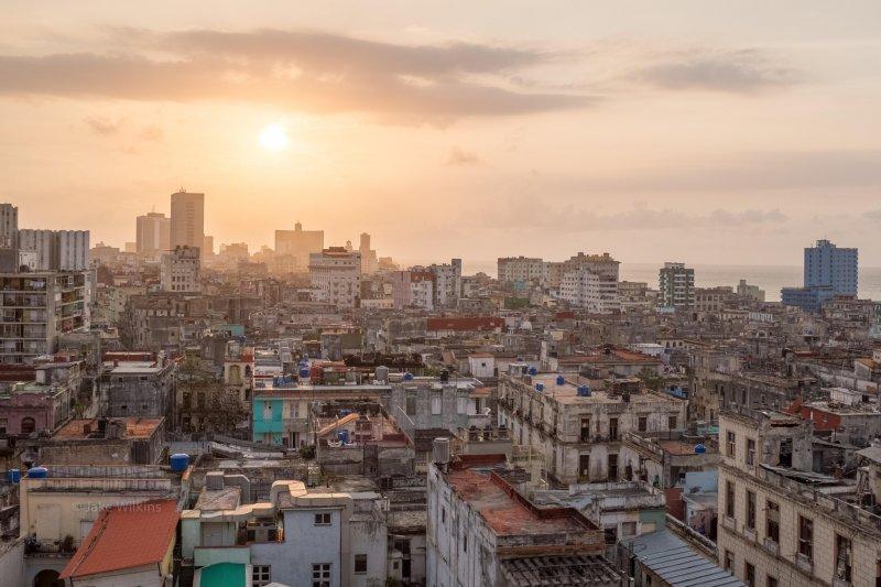 A Sunset in Havana