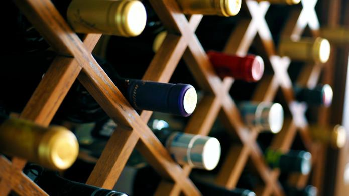 Wine Digest: The magic wine rack, the winemaker whose name was too rude, Amazon.jp's personal sommelier service, and more