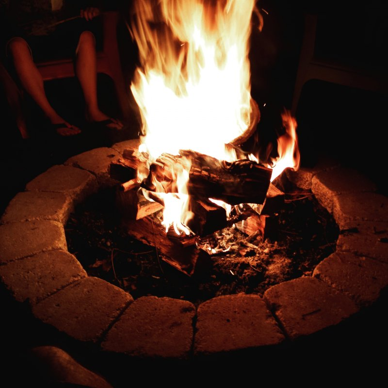 Perfect springtime evening around the fire pit!
